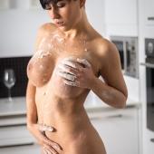 Mąka w fotografii aktu