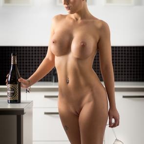 akt w kuchni