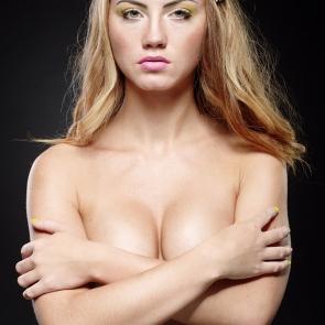 Daria - topless