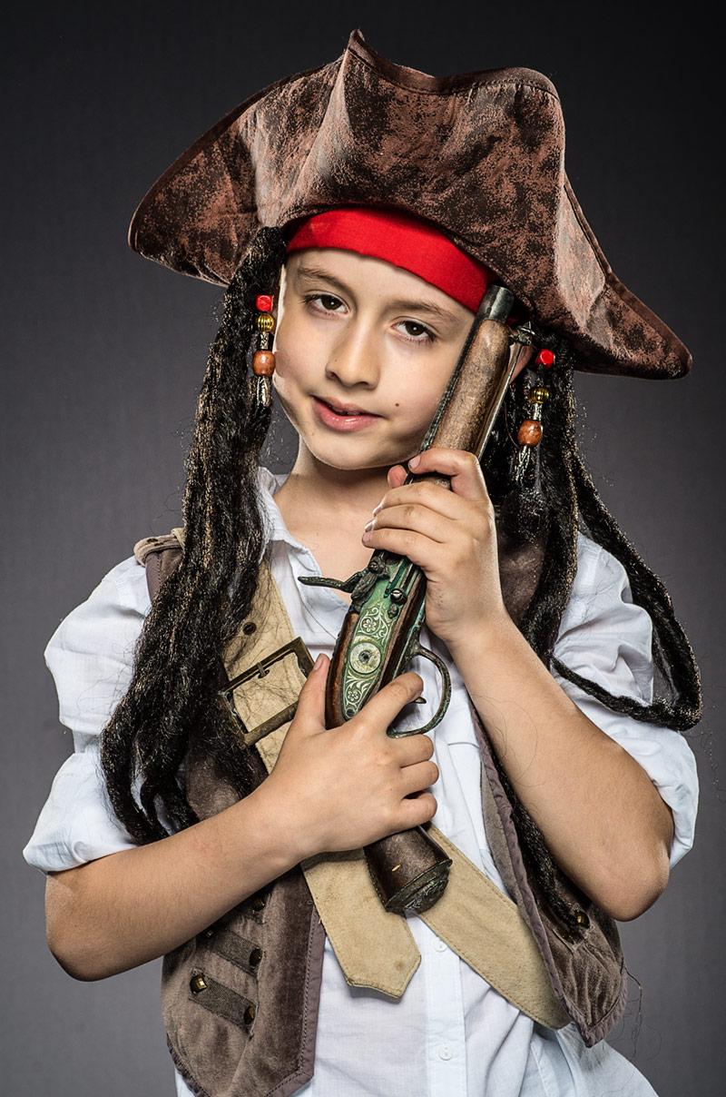 Jack Sparrow z pistoletem