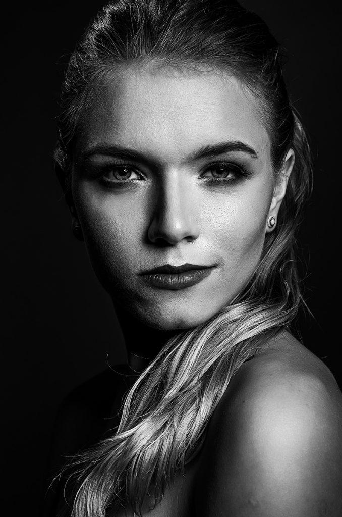 portret - oświetlenie loop